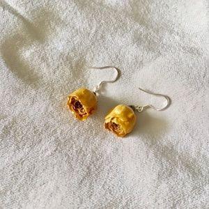 Jewelry - YELLOW ROSE BUD EARRINGS